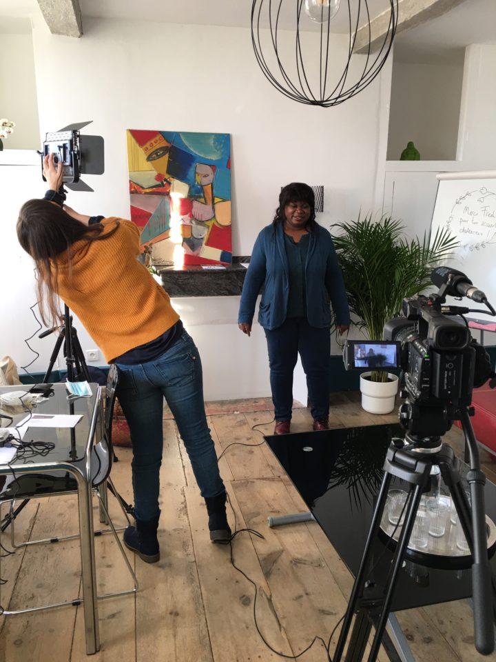 Tournage d'un film pédagogique au Poolailler Country Coworkplace, espace de coworking et de télétravail au vert